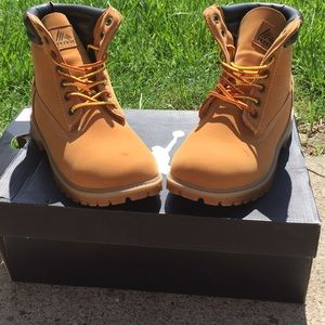 Boys RBX boots